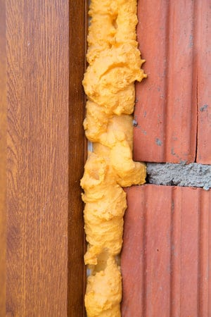 isolation façade mur creux